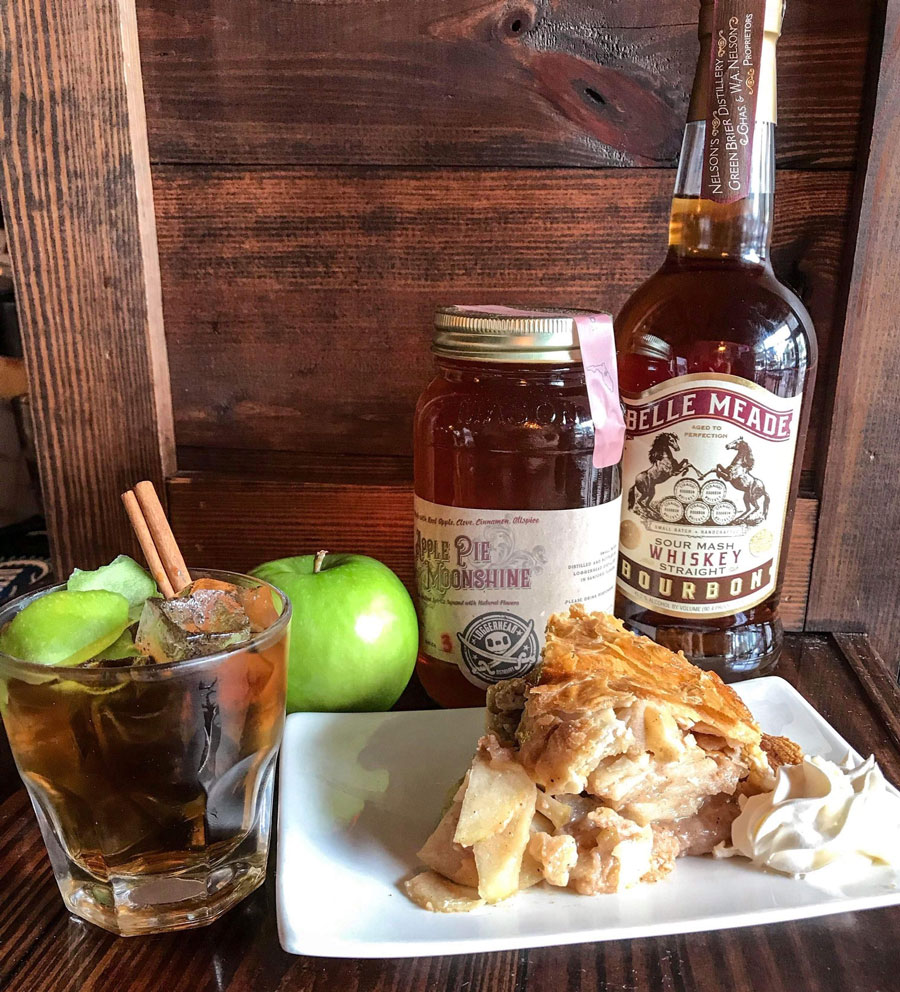 Old Fashioned WAP (Warm Apple Pie Old Fashioned)